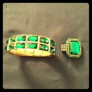 Stretch Green Stone Ring & Bracelet Set